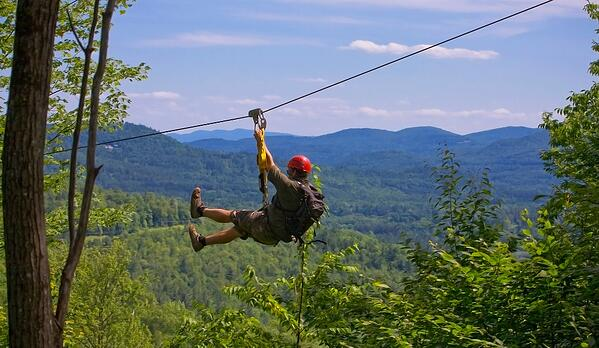 zip lining in White Mountains